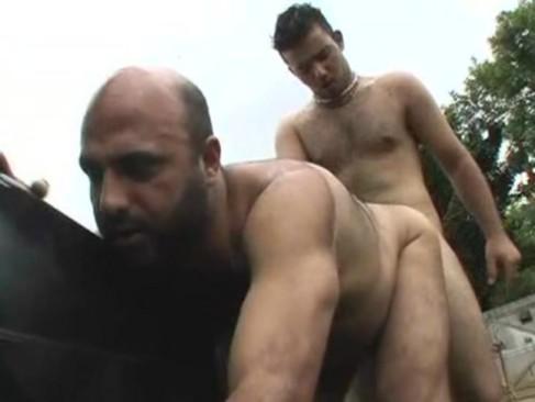 zenda porno tios peludos