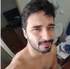 Hetero dotado e estupro gay de Marco Goiano