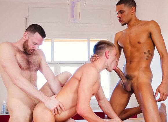 Porno sexo gay com Tim, Caio e o arrombado do Bogdan